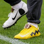 Odell Beckham Jr. wearing pregame Charlie Brown and Snoopy cleats https://t.co/tky92VoxRS https://t.co/hv1Hng8yM9