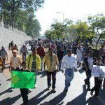 Marcha #CNTE en #Oaxaca por evaluación docente https://t.co/HnODyoFIB5 https://t.co/bBfmnjGOhS