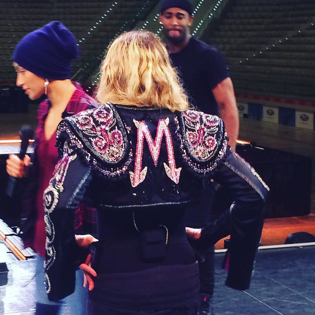 Sound check Swag with Big Mijo! Wearing Fausto Puglisi ❤️ #rebelhearttour https://t.co/sTQ7yXFnP3