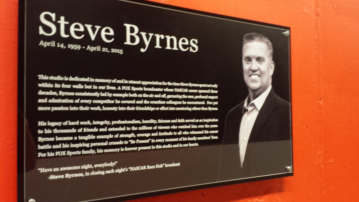 Can't help but think of @SteveByrnes12 on the last day of #NASCAR season. Thanks for all the memories & inspiration. https://t.co/BI2OShKsFy