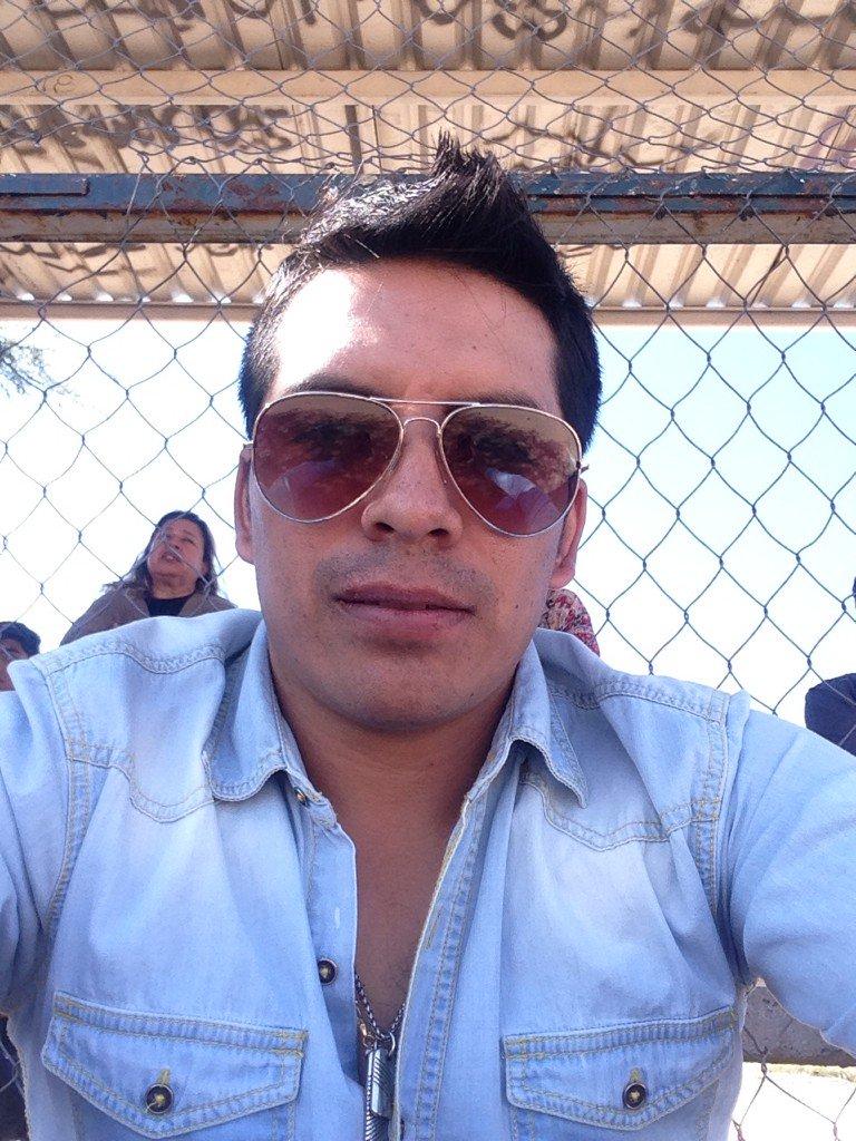 Arturo Vargas Rios (@LosPrimosArturo): Aquí andamos en el base https://t.co/OhMNxjdBMu