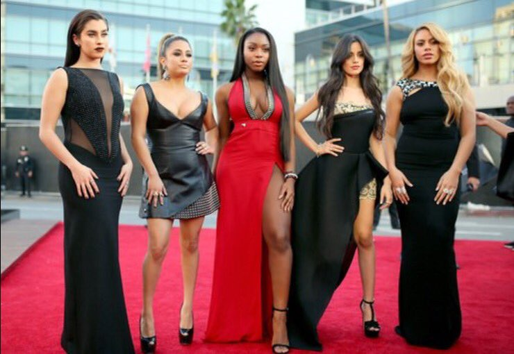 Fifth Harmony = Squad goals #AMAs https://t.co/kC9QWZ1nwN