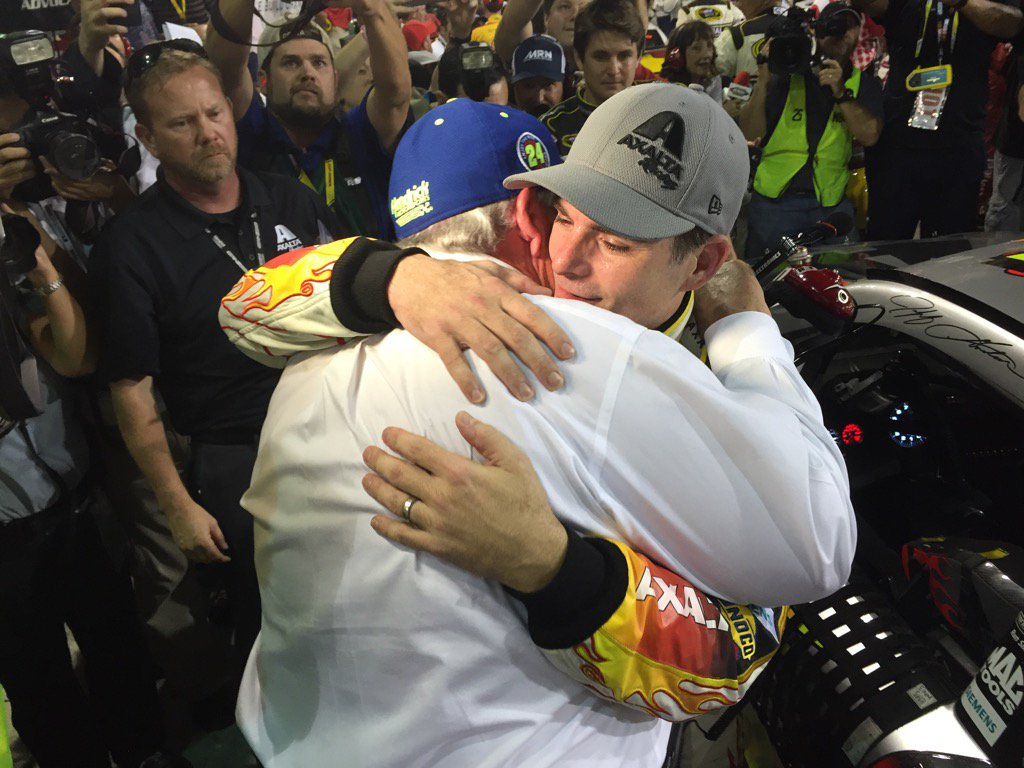 #NASCAR ... Rick Hendrick and  @JeffGordonWeb ... No words needed.  @NASCARonNBC  @NBCSports https://t.co/XpIR5k2csN