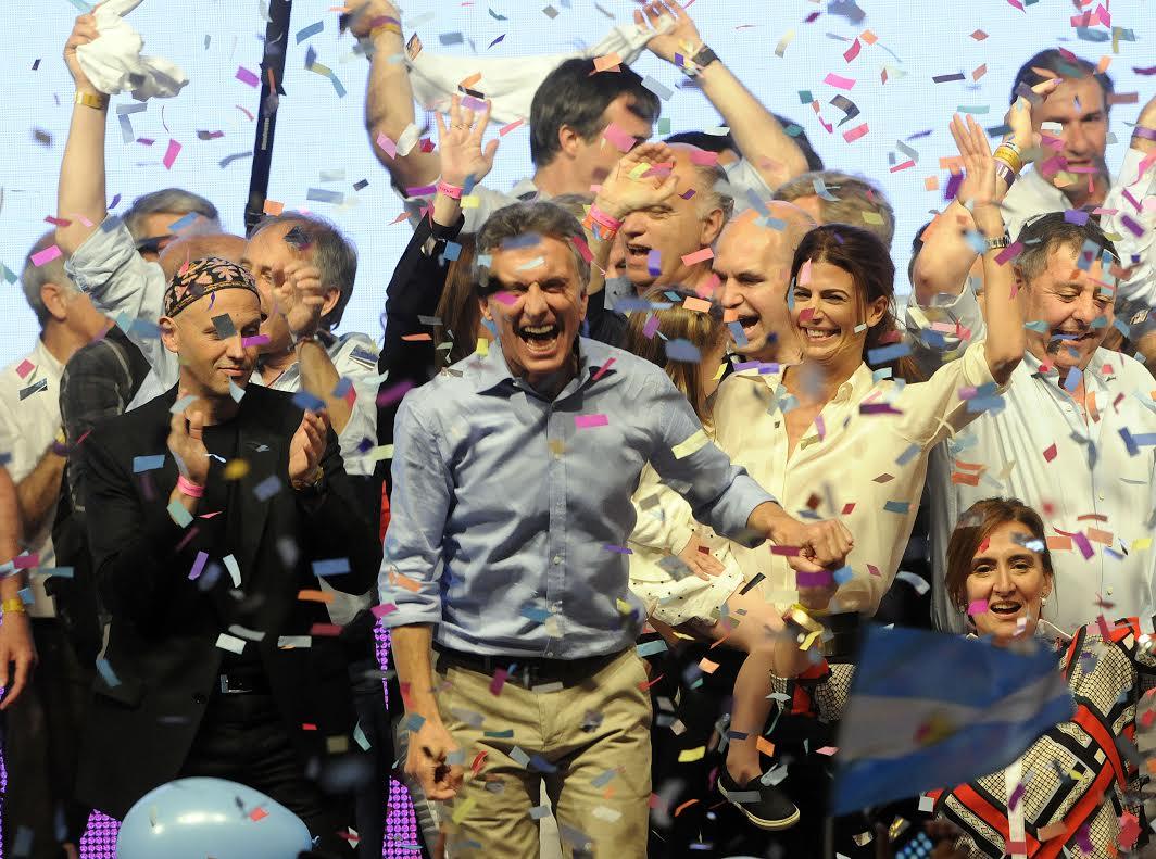 ¡Es acá y es ahora!! ¡Vamos Argentina!! #Cambiamos https://t.co/tb6cWjAbbf