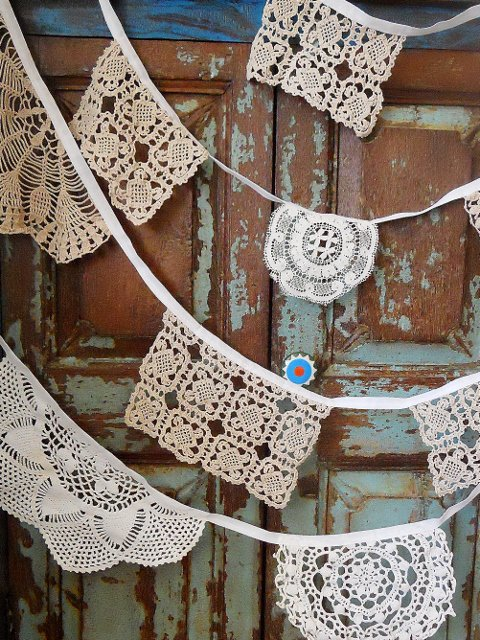 Lots of people fav'ing this for Xmas maybe ? Vintage Doily bunting https://t.co/gODUlTl2ut #newonfolksy #wedding https://t.co/dHGiccrb2z