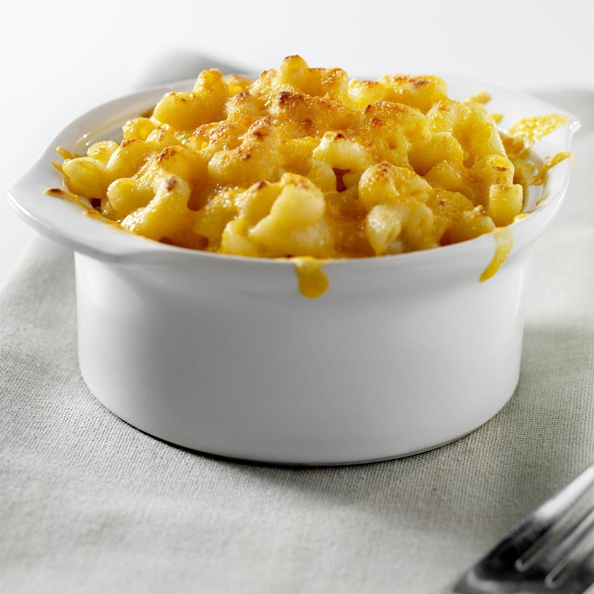 I'm sharing the recipe for my BOMB mac & cheese! I'm making this 4 Thanksgiving!!! https://t.co/AH2aWEZFcI https://t.co/5xpGwq4XbZ
