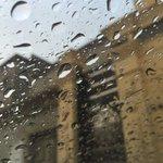 هواء بارد، ونسمة صباح وما أجملك ايها الشتاء.????????. من سنابي #صوت_المطر #صباح_الخير https://t.co/RGYoXQ239v