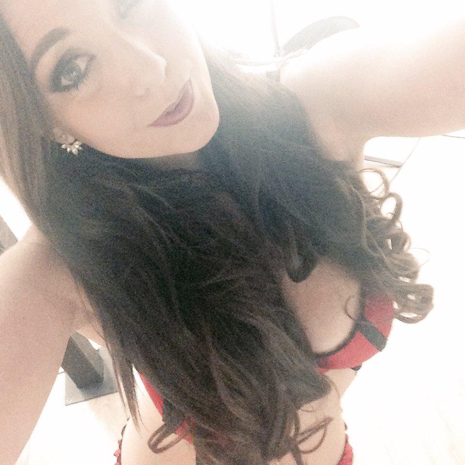 Shooting with #dreamteam for #posh #lingerie #brunette