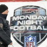 ICYMI: #Patriots fans vented Deflategate anger with ESPN in Foxboro https://t.co/RbsNdnXwQt by @AdamKurkjian https://t.co/l44FeHATOH