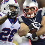 Now what? Brady, Patriots are getting desperate for wide receivers https://t.co/Vd2bEU9Tpr https://t.co/9SoUzM16Dq