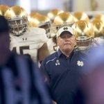 QUICK HITS from #NotreDame coach Brian Kellys Stanford Week presser: https://t.co/JZEvjWw0Lz https://t.co/rsYu2Ksydx