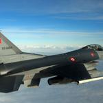 Минобороны: Турецкий истребитель при атаке на Су-24 залетел в Сирию https://t.co/amqrFujrNU https://t.co/grnhYJDRx8