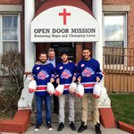 .@patrick_kaleta donated turkeys to the Open Door Mission on behalf of his HITS Foundation this afternoon! #ROC https://t.co/bTFXqwUxOx