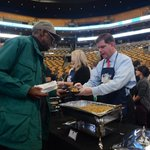 Happy 20th @tdgarden Table of Friends Luncheon! Humbly honored to serve the public in celebration of #Thanksgiving. https://t.co/LRXV19V8Gm