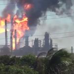 —Explosión en refinería de #Pemex, #México —2.000 evacuados —Varios heridos VIDEO: https://t.co/eNAbIR65mC https://t.co/WF7FvRXUQT