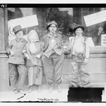 Kids in their...#Thanksgiving costumes? More about this lost tradition: https://t.co/w6unrNbqWV #edchat https://t.co/4MSHYP8AYb
