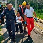 . @BomberosCali119 rescata hombre que fue lanzado al río #CaliCo tras un intento de robo: https://t.co/da7IdvoXOB https://t.co/dzgMYJcsM9