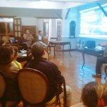 #Almomento Este martes en edo. Mérida en pleno conversatorio con la comunidad, explicamos qué hacer en caso de sismo https://t.co/DlXHQzwnqA