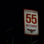 Congrats to Dikembe Mutombo for getting his number retired by the @ATLHawks! #NBAHistory https://t.co/gjgDnPHhql