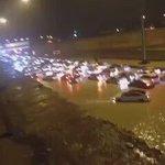 عاجل???? الآن .. احتجاز بعض السيارات مابين مخرج ٣٣-٣٤ بمدينة #الرياض .. و #الدفاع_المدني يباشر. #الرياض_تغرق - https://t.co/fYZp1pQDVn