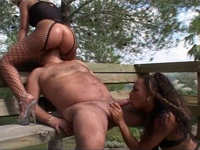 fille malgache sexy jeune salope sodomisée