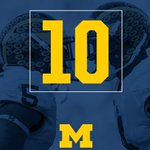 Michigan moves into the Top 10 in the latest @CFBPlayoff, now sitting at No. 10.   #GoBlue https://t.co/cUS1lW1oxn