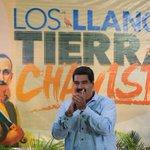 VideoVTV | Al ritmo del joropo @NicolasMaduro es sorprendido por el Canta Claro del Llano https://t.co/y3XDjLvlv7 https://t.co/Uk3RWNkXG2
