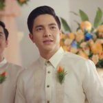 That look..The anticipation..That smile..The way his eyes say so much.. No need for words #ALDUBApproval #OrangeDay https://t.co/bsh4W73O6r