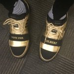 Nick Young is wearing Gilbert Arenas shoes for tonights Warriors game. https://t.co/1mBpJSzKaJ