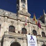 Una pancarta colgará en la fachada del #Ayuntamiento para recordar a las víctimas de violencia de género. #25N https://t.co/fn0IQG7Jm7