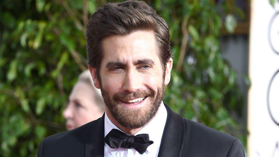 Major global stars attending #DIFF15: Jake Gyllenhaal – Catherine Deneuve – Eva Longoria– Shah Rukh Khan – Dev Patel https://t.co/edmvhFv6o2