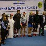 RT @MamataOfficial: Icons Martina Navratilova, @Leander, @MirzaSania & Mahesh Bhupati took part in a tennis meet at Kolkata today https://t…
