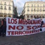 ultrAslan SOL Meydanında! Müslümanlar Terörist DEĞİLDİR ! #MuslimsAreNotTerorist #ultrAslan https://t.co/3u0SHQuq1n