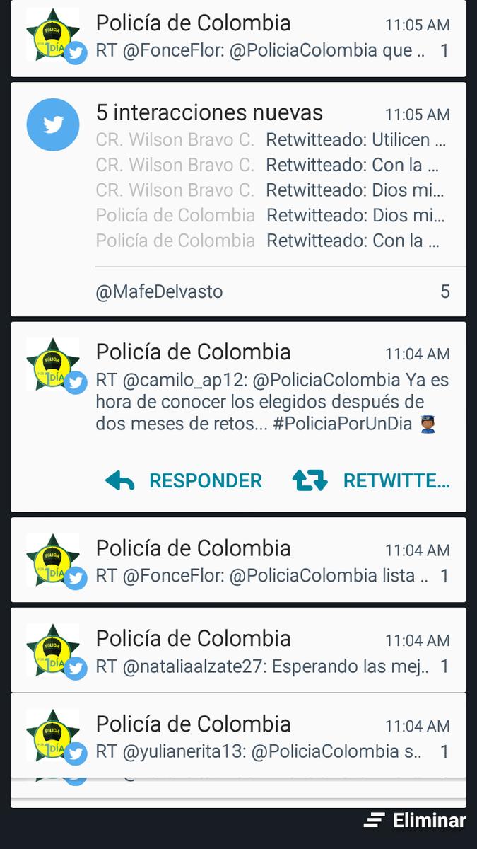 Así es mi celular todo el día. Solo con #PolicíaPorUnDía @PoliciaColombia
