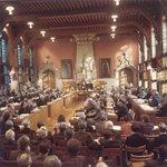 41 jaar geleden 26/11/1974 voorlopige Vlaamse Gewestraad geïnstalleerd in stadhuis Mechelen https://t.co/UI32QcVktz https://t.co/ViGI9HNQF4