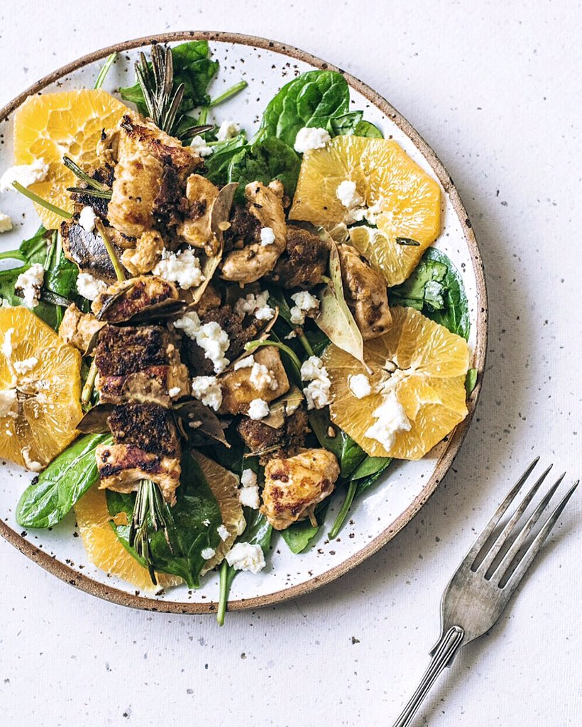 RT @charlottehuco: Chicken and garlic bread kebabs on an orange and spinach salad with feta. Yasss! #JamiesSuperFood https://t.co/dchrjLQno3