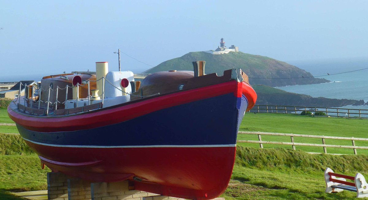 The retired lifeboat Mary Stafford looking well in Ballycotton today. #walkies https://t.co/qPX1wUsYP8