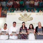"""@DanielaVara1 rinde homenaje al Estado en su libro """"Quintana Roo para ti"""" https://t.co/XciTcbMC2A @JLToledoM https://t.co/w3cwRI7OaP"""
