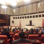 Yeni TBMM başkanımızın başkanlığında ilk meclis oturumu başladı... https://t.co/CSeZn6K4W6