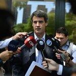AHORA | Alfonso Prat Gay confirmó que integrará el nuevo gabinete económico https://t.co/3fxQVmQfU8 https://t.co/xv9EkfxVOO