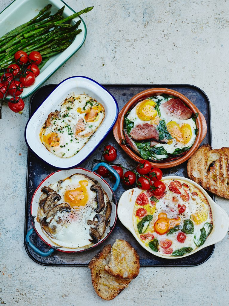 #RecipeoftheDay is baked eggs - lots of ways! It's such an easy & tasty breakfast recipe: https://t.co/P1dcu5TC86 https://t.co/jjLipcXIFl