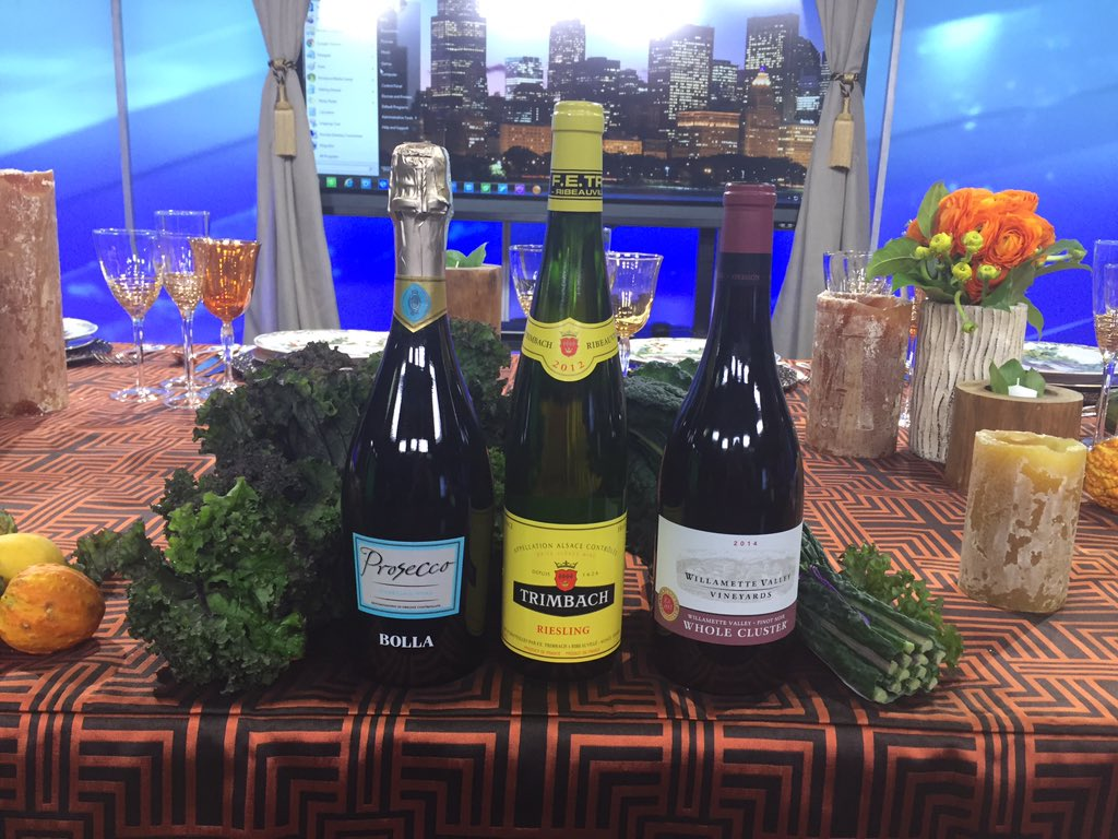 Tune into @letstalklivedc at 10:38am et On WJLA Abc7 Ch 8 for #wine for #thanksgiving https://t.co/cyhYDjXKjw