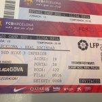RT i FOLLOW si vols 1 entrada doble per veure el FCB - Reial Societat de dissabte al Camp Nou! Sorteig el divendres! https://t.co/Sq2Ee3KkMZ