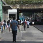 AL MOMENTO: Comerciantes ambulantes de zona de Obregón obstruyen Calz. Independencia. (R.Tamayo) https://t.co/AU4Ov3v6pO