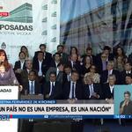 "[AHORA] #Visión7 - @CFKArgentina: ""YPF es una de las empresas más grandes del mundo"" > https://t.co/GYiXqQWnBq https://t.co/Aog45f3mkj"