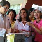 #MaduroIndestructible| Candidatas de la Patria hicieron entrega de Insumos Médicos a emergencia del (HUAPA).#Cumana https://t.co/cIa1snQhx8