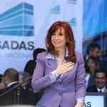 """""""Siempre voy a estar con ustedes, quédense tranquilos"""" @CFKArgentina https://t.co/Tqib95RdXg"""