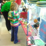 Let the kids do their own shopping! Visit the One Stop Elf Shop downtown Appleton! https://t.co/IEvDJJc4nO https://t.co/qCeo5Zu5nj