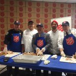 Thanks @SalvationArmySF volunteers for helping prepare food for #SF communities, families greatest in need https://t.co/1YlsOkLDFI