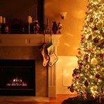 Plus quun mois avant le jour de Noël, le bon repas en famille, les cadeaux et toute la bonne ambiance ????????????????????????☃???? https://t.co/8OQaA8A3YU